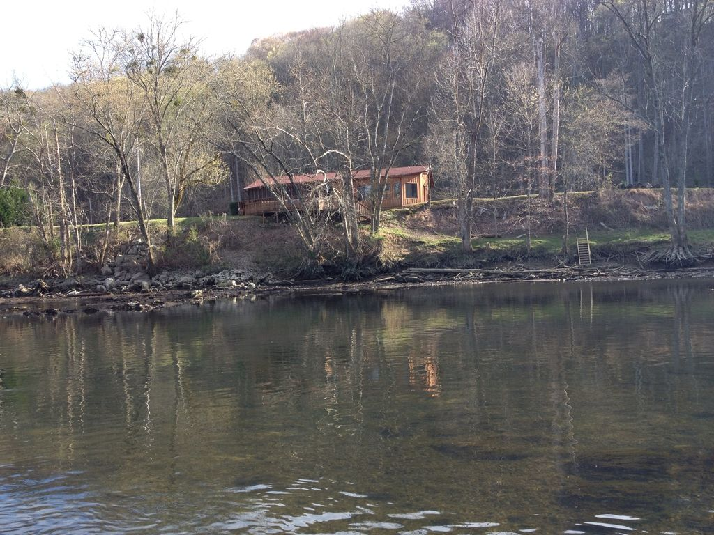 Tn clinch river trout fishing out the back vrbo for Clinch river fishing