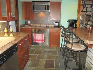 Ludlow cottage photo - Newly renovated kitchen.