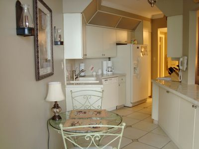 Destin condo rental - Eat-in Kitchen