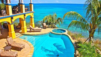 Fabulous oceanfront setting with the best hot  tub view in the Caribbean!