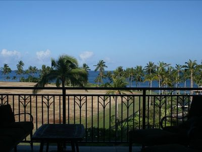 Lanai has a direct ocean view.