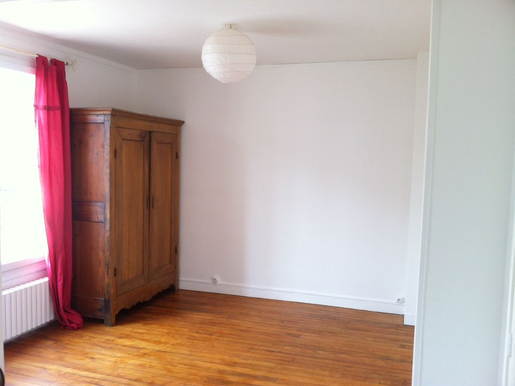Apartment 256091, Chantilly, Picardie