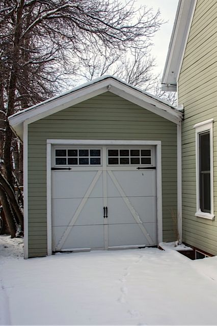 Garage with automatic opener