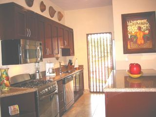 Playa del Carmen condo photo - Gourmet kitchen with stainless steel appliances