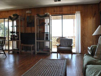 "Enjoy the 32"" flat screen TV while gazing out at the beautiful Gulf."