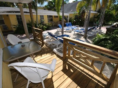 Siesta Key villa rental - Table for 2?