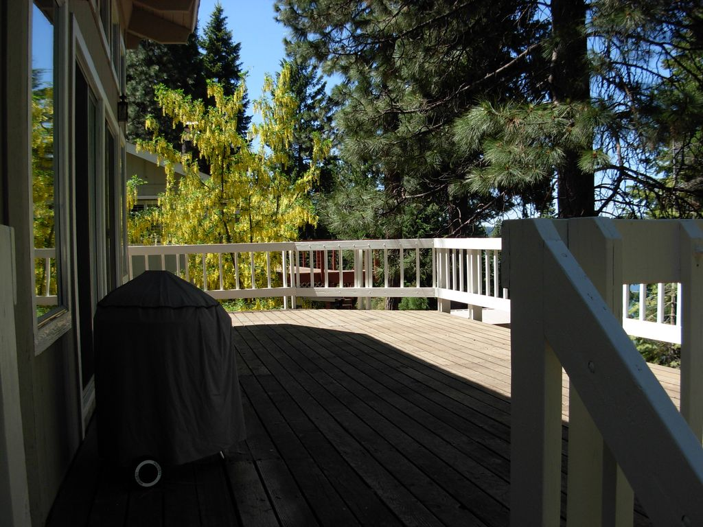 Property Image 8 Beautiful Lake Almanor View Country Club Wifi Boat Launch