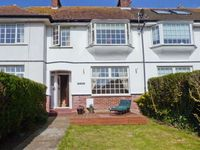 THE CABIN, family friendly, with a garden in Minnis Bay, Ref 13613