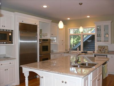 Beautiful Kitchen with Granite, two sinks and finest appliances & accessories