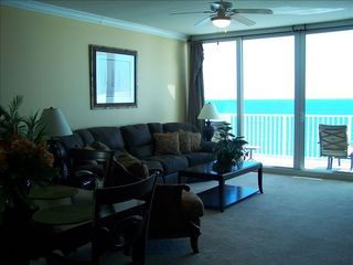 Gulf Shores condo photo - Prop your feet up in the cozy livingroom.