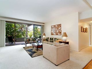 Kahala condo photo - The Living Room