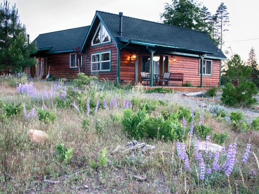 Yosemite hilltop cabins lupin cabin 15 min vrbo for Cabins in yosemite valley