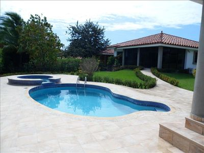 Welcome home!Take a swim in the refreshing pool or relax in the jacuzzi