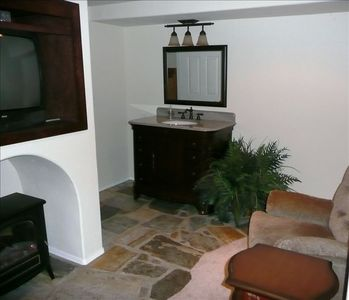 Charming  Home, Beautifully Landscaped, Close to Downtown Slo