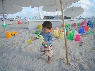 Miami Beach condo photo - Children Like the Beach too