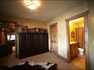 Baldy Mountain Breckenridge house photo - Murphy Bed in Study