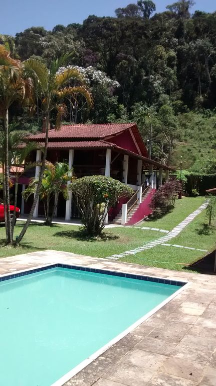 Great place in the nearby Sierra Conservatória to gather family and friends.