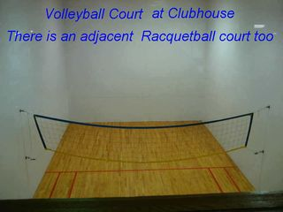 Lincoln condo photo - Volley and Racquetball courts.