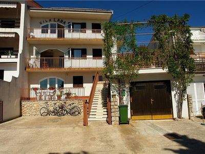 Apartment for 5 persons close to the beach in Crikvenica