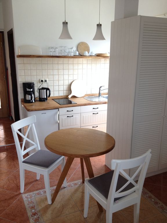 Modern holiday home, 300m from the beach, child-friendly, large garden w/grill - 1 room apartment