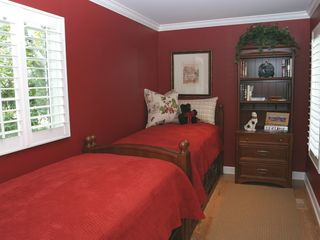 Saugatuck / Douglas cottage photo - Guest Bedroom #2 with Twin Beds