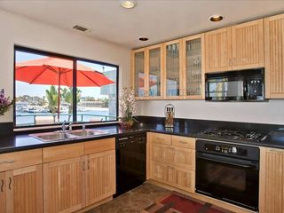 Mission Beach house photo - Upper unit - nice remodeled kitchen