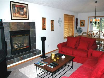 Living Room - Comfortable furnishings with a gas fireplace.