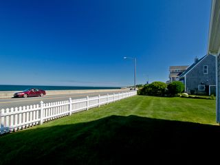 Narragansett Pier house photo - Yard