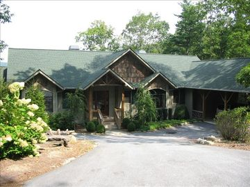 Cashiers house rental - Premier Designed Mountain Home