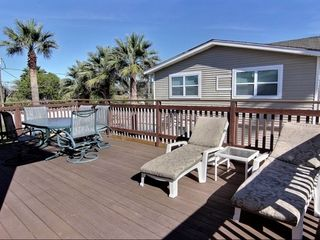 Port Aransas house photo - Upper side deck