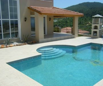 Seaview Villa PAX 10 with Private Pool Suitable for Religious Families