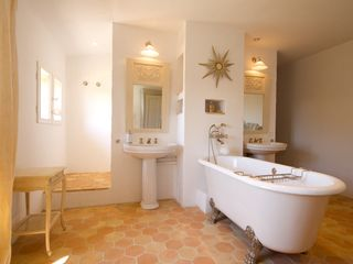 Gordes farmhouse photo - One of the Luxurious Bathrooms