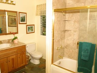 Kapaa house photo - Common Bathroom