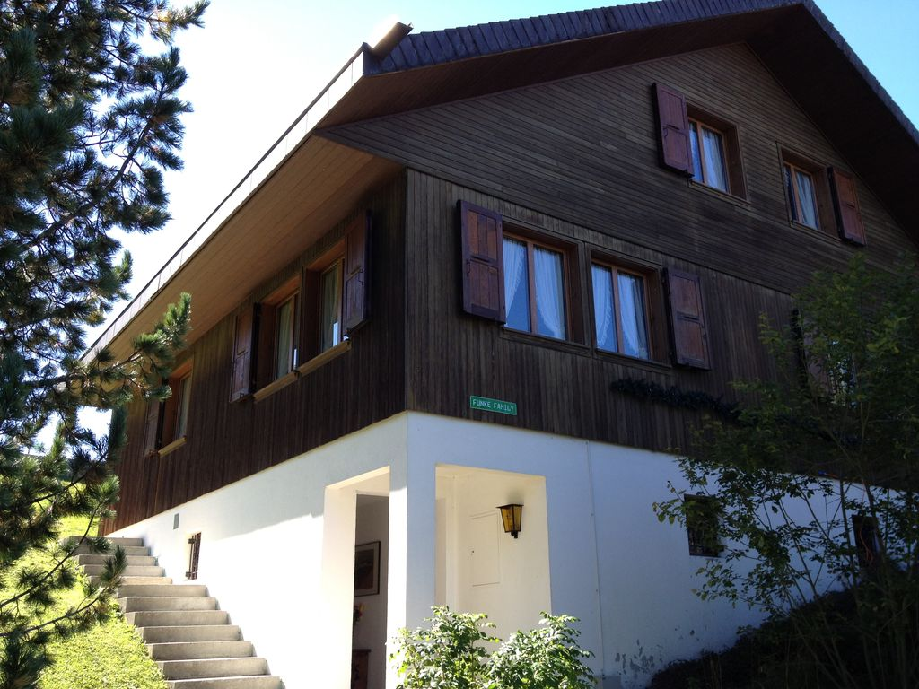 Peaceful house, 230 square meters , Krautmettli