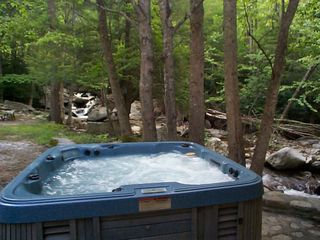 Boone cabin photo - Streamside Hot Tub