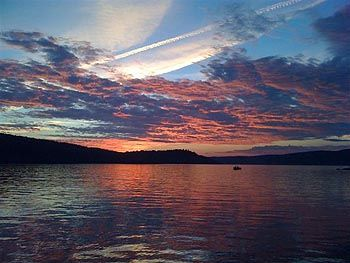 Lake Seymour house rental - sunset, Seymour Lake