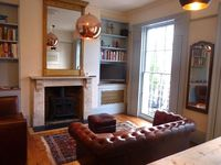 Stunning Georgian 1 Bed Flat with Floor to Ceiling Windows Wc1