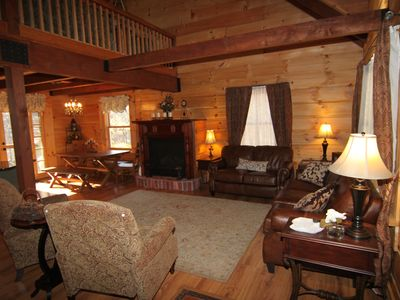 Massanutten house rental - Great room is open to two stories - amazing log construction