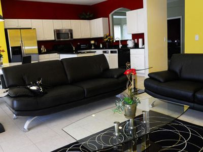 Living Room, HDTV, DVD, Wii, Wifi, Leather Sofa
