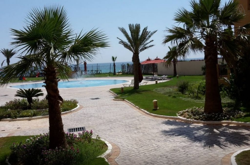 Seaside apartment FOLLA Resort with private beach