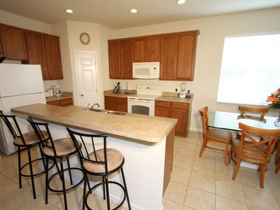 Trafalgar Village house rental - Open plan kitchen.