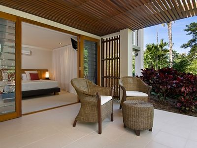Port Douglas house rental - Private balcony off Bedroom 2