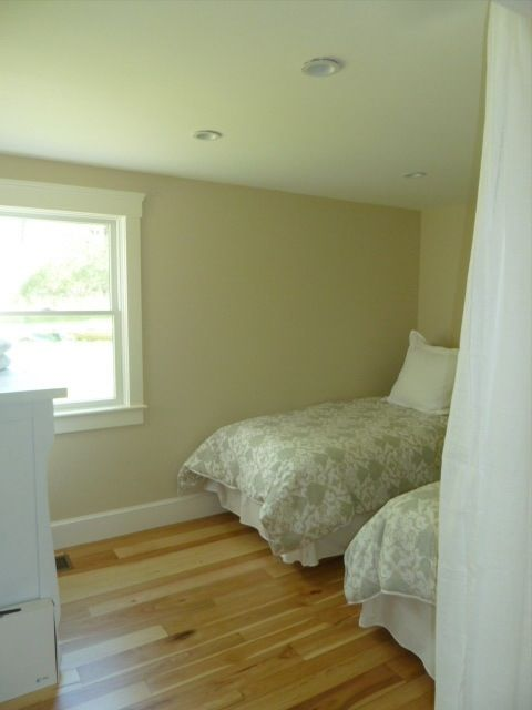 Downstairs Bedroom, Sleeps 2