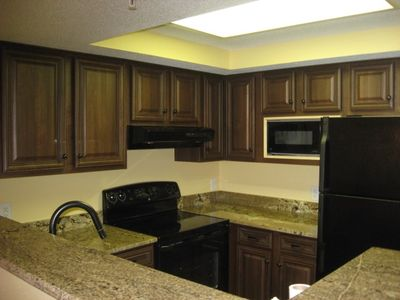 Beach Colony condo rental - Gorgeous New Granite and cabinets.