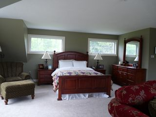 Glover house photo - The Master Bedroom Suite with Sitting Area for Your Relaxation
