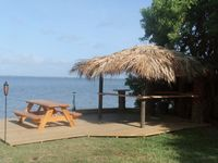 live like in paradise, directly on the Banana River,with pool,150m to the beach