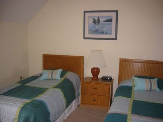 Fripp Island condo photo - Guest Bedroom (Right Half) (Golf Course Panoramic View)