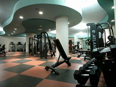 State-of-the-art Gulf Front Fitness Center with free weights & flat screen TVs