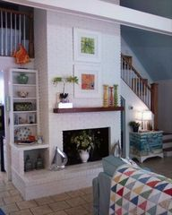 Wrightsville Beach cottage photo - Great Room with floor to ceiling fire place