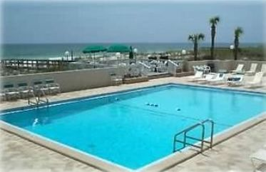 The pool at Emerald Isle